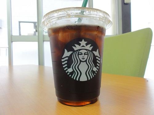 スタバのドリップコーヒーは100円でおかわりできる / 2杯目は他店舗でも可能