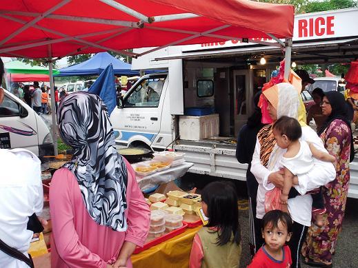 断食期間中に太る人続出のワケ…マレーシアで断食を体験してみた