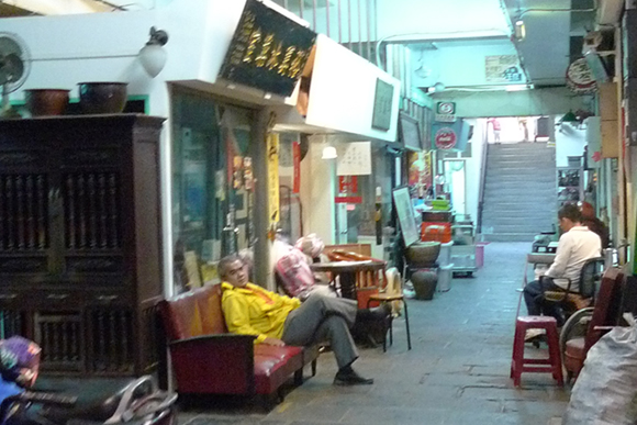 【闇の大人たち】第33回:台北の昭和町・骨董おやじの憩いの場