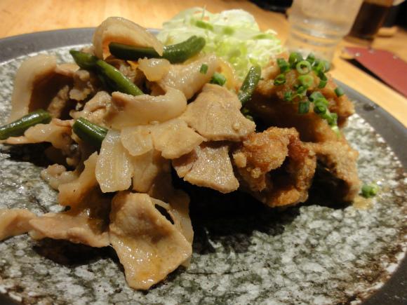 居酒屋「天狗」のランチ590円が美味い / しかもご飯、みそ汁お替わり自由