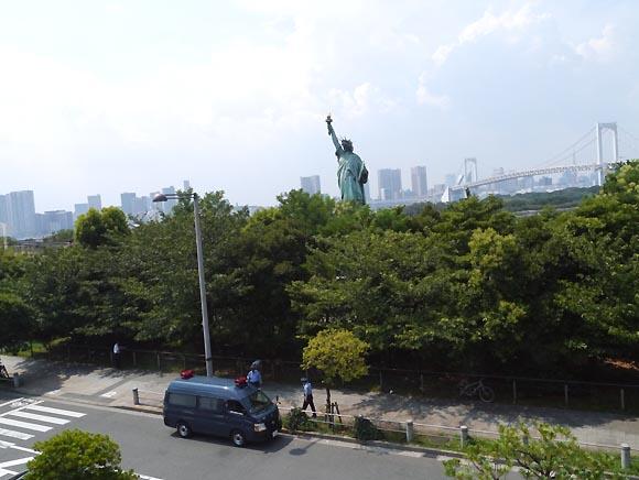 お台場に行ったら「自由の女神像」を見に行こう!