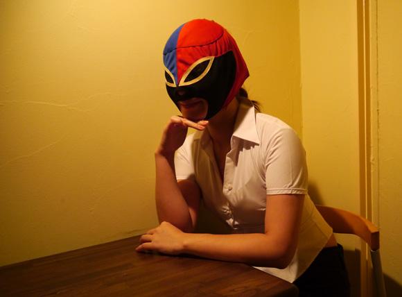 倦怠期はプロレスマスクで解消! 「いつもとは違った気持ち」に / マスク着用で美人になる「マスク美女」効果も