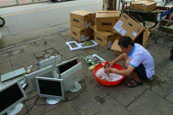 【闇の大人たち】第45回:上海電脳マル秘ルポ 洗濯屋陳さん