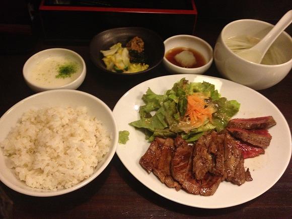 仙台で牛たんも仙台牛も食べたいならココがおススメ!『うまい牛たん 東山』