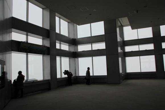大雪のなか地上202メートルからは何が見える? 東京都庁の展望台に行って確かめてきた!