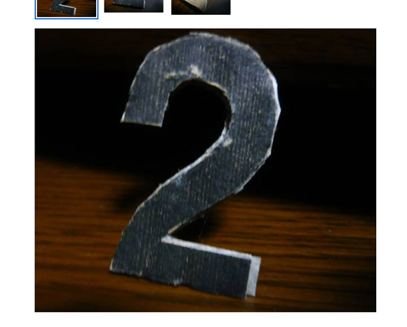 自称職人が作った「謎の数字2」が15000円でオークション出品中 / 購入希望者「3を購入したいのですが……」