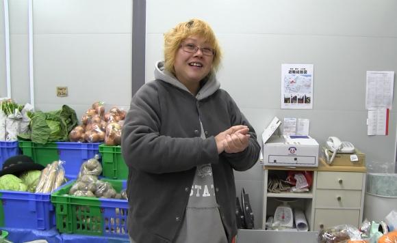 【気仙沼】 八百屋で働く秋山さんにお話を伺った / 今でも野菜を見るとお客さんの顔を想い出す