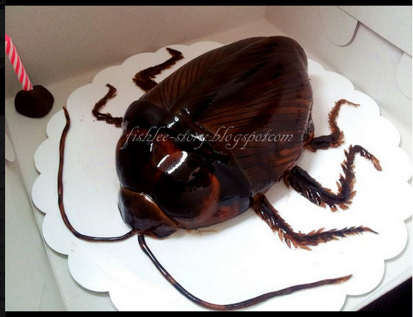 【閲覧注意】 これはゴキ○リの形をしたケーキです / 何度でも言いますがケーキです