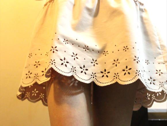 インドネシアでミニスカートが全面禁止に!? 「ミニスカートが性犯罪を誘発しているため」