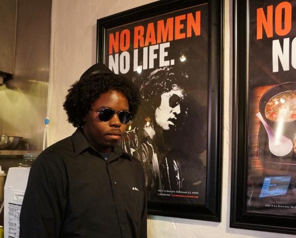 ロサンゼルスに「IKEMEN」というラーメン屋があったのでイケメンがいるのか行ってみた!→松田優作似のイケメンがいた