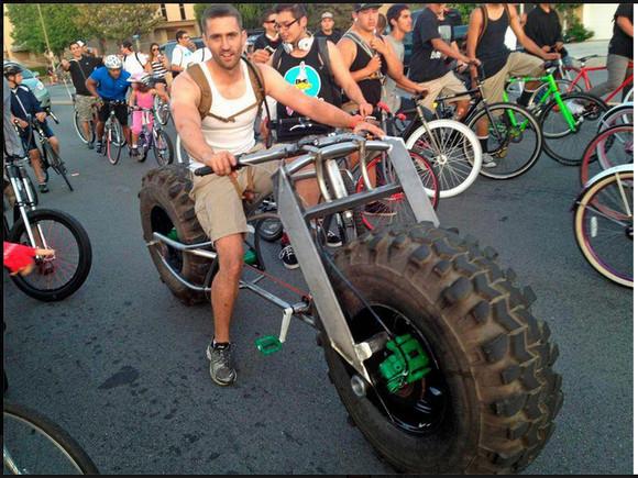 男はぶっとくて大きくありたい! 超超超極太タイヤの電動自転車が話題に