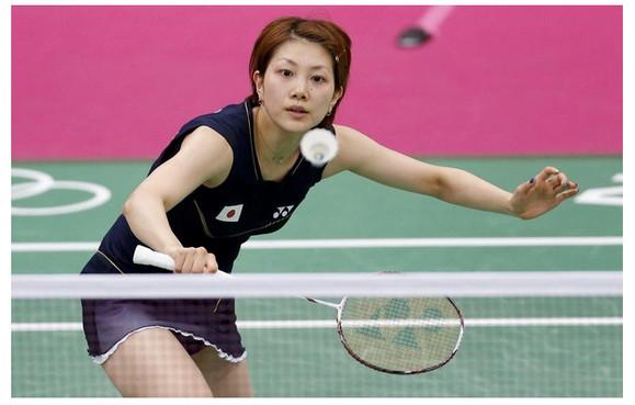 """【ロンドン五輪】日本女子バドミントンのユニフォームが """"ひらミニ"""" すぎると海外でも話題に / 海外メディア「今大会で最も短いスカートの可能性」"""