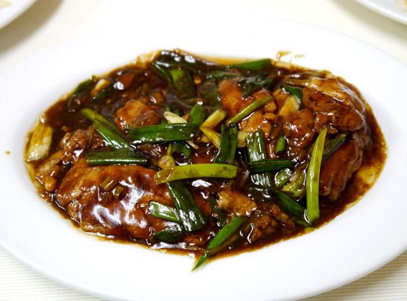 老舗中華料理店で「豚の脳みそ」を食べてみた! フォアグラのようなフワフワした食感で美味ッ!!