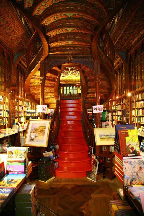 世界で三番目に美しい書店に行ってみた! あまりの素晴らしさに時が経つのを忘れてしまう