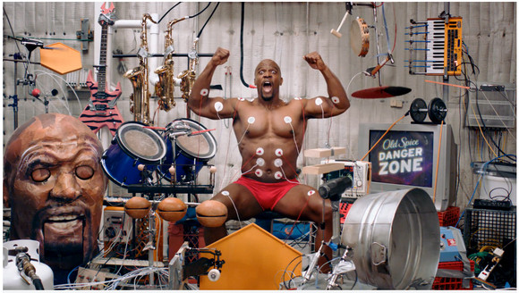 これぞマッスルミュージック! 筋肉に電極を付けて楽器を演奏するガチムチマッチョがスゴイ / 自分で演奏もできるぞーッ!!