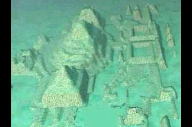 【衝撃映像】マジか!? バミューダトライアングルの海底に水中都市の跡が発見される!