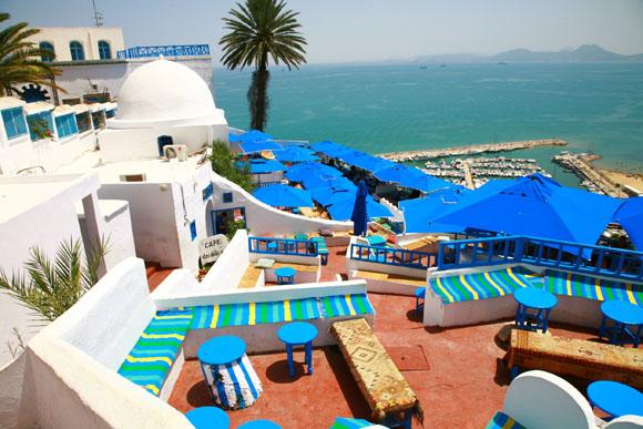 【チュニジア】白と青の小さな楽園『シディ・ブ・サイド』