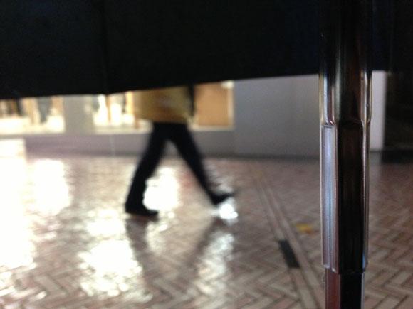 【アップル福袋行列】並び始めて最大の豪雨! そしてその中で辿り着いた瞑想の世界!!