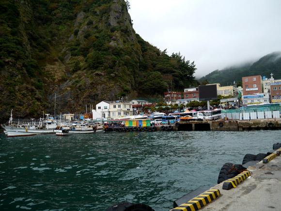 【韓国旅日記 ウルルンド編その1】竹島(日本)の隣のウルルンド(韓国)に上陸して一泊してみた