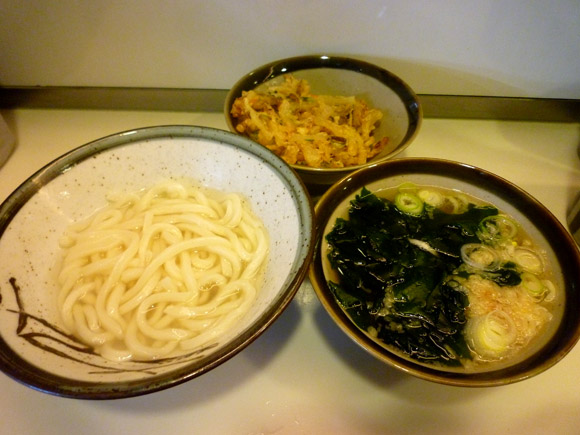 「讃岐のうどん」 + 「博多の出汁」 = 最強にウマイ完成 / 神奈川・横浜『星のうどん』