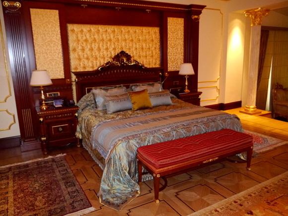 【ホテル探訪】一泊200万円! 借金してでも行きたい五つ星ホテルのロイヤルスイートルーム / トルコ「MARDAN PALACE」