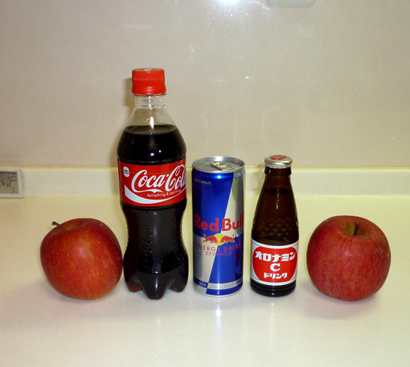 【検証】三ツ矢サイダーで「リンゴのコンポート」ができる! コーラ・オロナミンC・レッドブルでも試してみた!
