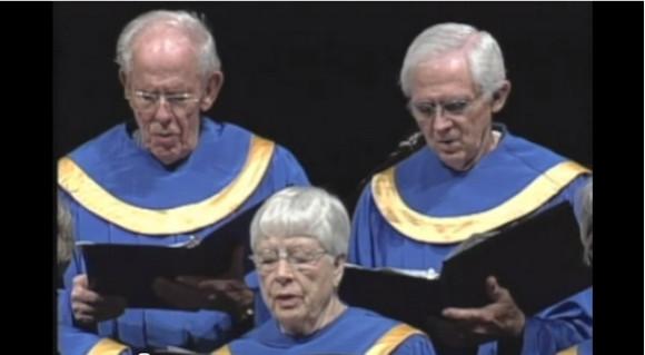 粛々とエミネムを歌う高齢者合唱団がジワジワくると話題に / ネットの声「史上最強のヒップホップ」