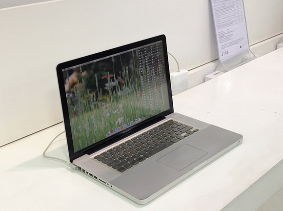 【衝撃】Windows搭載に最適なノートPCはアップルの「MacBook Pro」であることが判明