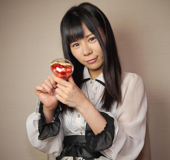 【コンビニ美少女】ぷるふわドルチェ 苺 / サークルKサンクス