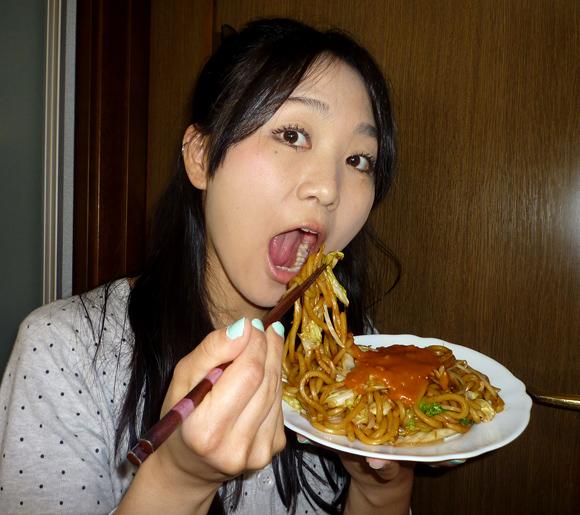 【グルメ】ソース焼きそばにトマトソースをかける新潟のソウルフード「イタリアン焼きそば」を食べてみた