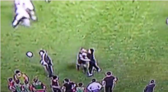 【衝撃サッカー動画】W杯予選イラン勝利で韓国陣営がイラン選手に暴行か?
