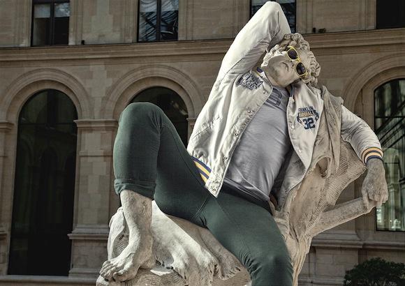 古代ギリシャ彫刻に洋服を着せるとめっちゃ今風になることが判明