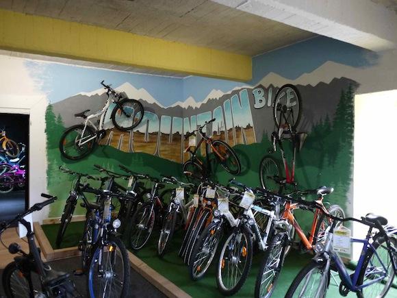 fahrradhofshowroom04