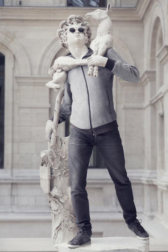 homme_avec_mouton-def1-rvb