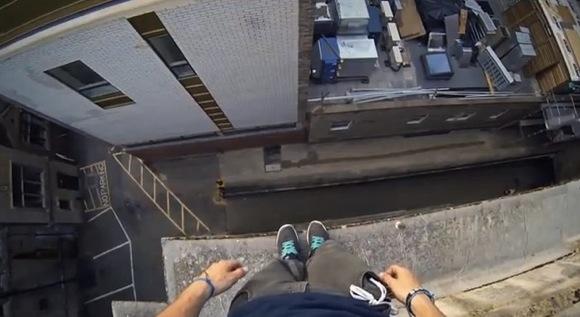 【衝撃動画】パルクールをやっている人の視線映像が3Dゲームみたいでスゴイ!