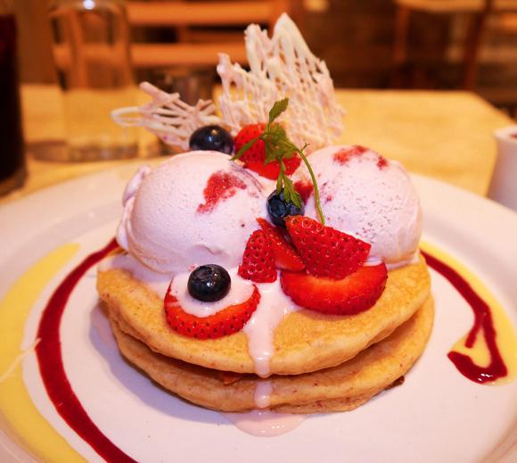 【グルメ】アイスクリームブランド『ハーゲンダッツ』がパンケーキ専門店とコラボ! 期間限定メニューの販売開始