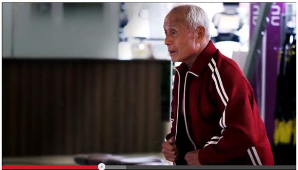 【動画あり】80歳の現役ボディビルダーがマッチョすぎて笑った! 殴られたら鼻血だけじゃすまないレベル / オージービーフ1頭当たる神キャンペーンも開催