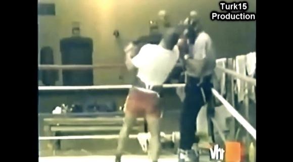 【衝撃格闘動画】マイク・タイソンの「右ボディ → 右アッパー」が必殺すぎてヤバイ