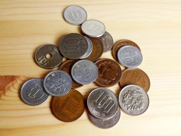 消費税増税された場合の低所得者への給付金額が一万円!? ネットの声「意味あるの?」「無駄はやめて」