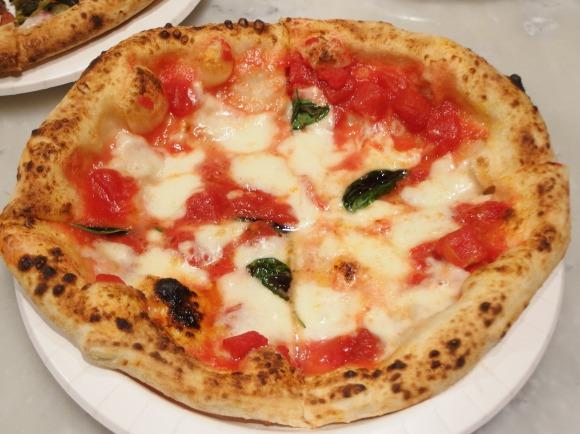 【1枚350円から】日本一のコスパを誇る世界一のピッツァが激ウマ! 名古屋に行ったら絶対訪れたいピッツェリア『ソロピッツァナポレターナ』