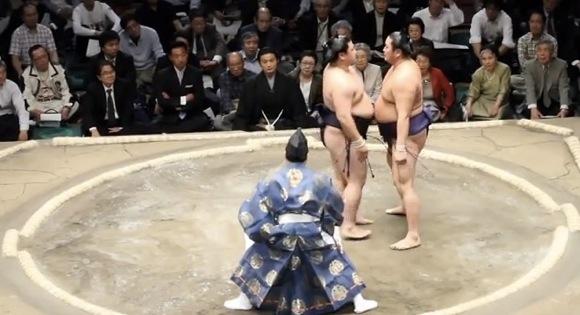【衝撃格闘動画】モーレツにイライラする相撲の「立合い」で強烈ビンタ炸裂! 時天空 対 嘉風