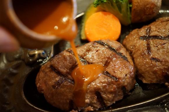 静岡県最強ハンバーグレストラン『さわやか』を熊本県の超人気ピッツァ店オーナーシェフが絶賛「近くにあったら絶対通う」