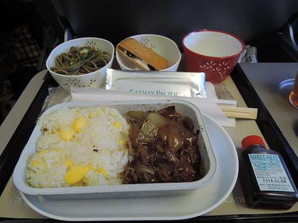【世界の機内食】福岡空港〜桃園国際空港〜香港国際空港(キャセイパシフィック航空 CX)