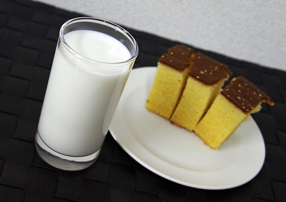 【やってみて】カステラには牛乳
