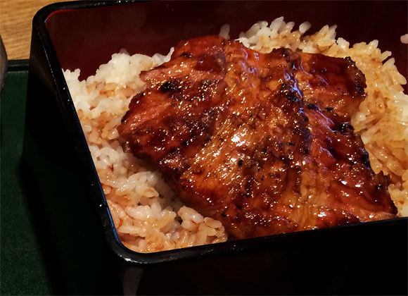 【新岡山名物】蒲焼きの世代交代『豚蒲焼専門店かばくろ』
