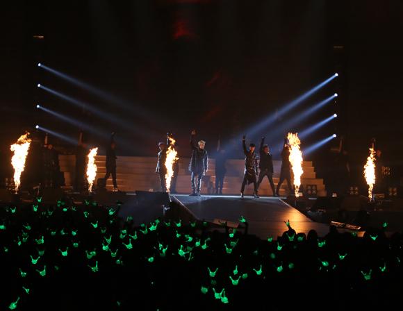 韓国超大型新人「B.A.P」のライブがめちゃめちゃスゴかった! ギャラクシー級の実力はウソじゃないかも
