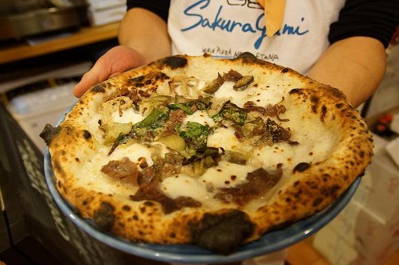 【感動した】熊本県・菊池市のナポリピッツァ店『イルフォルノドーロ』の自家製猪ベーコンを使ったミックスピッツァが神の美味しさ