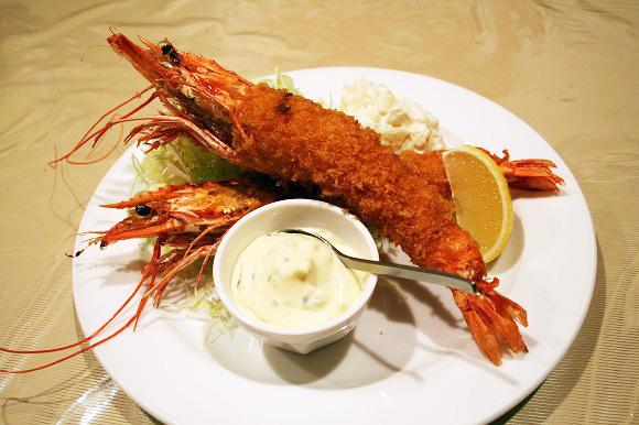 【グルメ】勝新太郎が愛した洋食屋のエビフライを食べてみた! 恵比寿「イチバン」