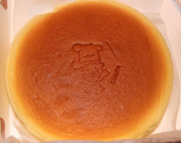 【グルメ】大阪名物『りくろーおじさんのチーズケーキ』のパクリ? 中国の『りくろーおじいさんの店』に行ってみた