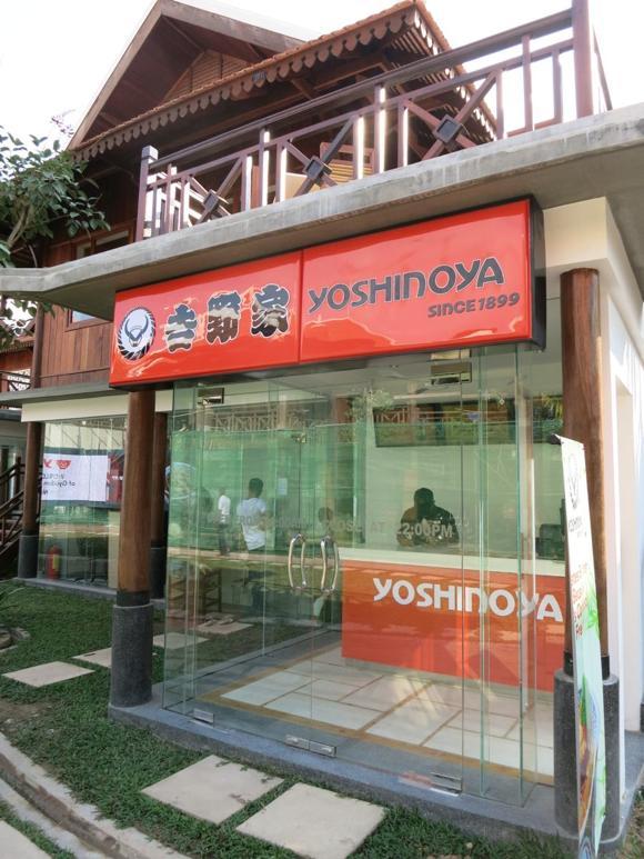 【衝撃事実】カンボジアの世界遺産アンコールワットの街に本物の「吉野家」がオープンしていた! 価格は高いが寸分たがわぬ吉牛の味!!